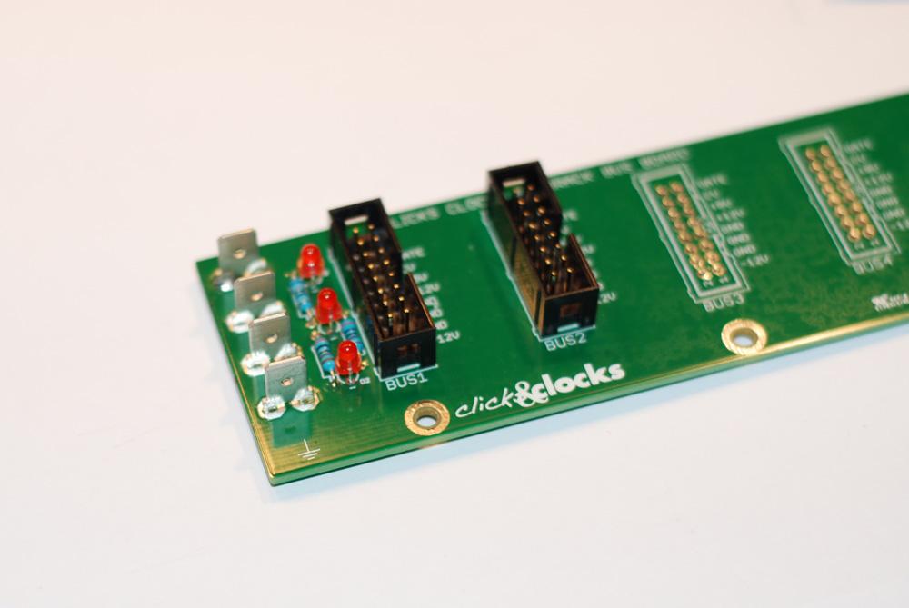 Clicks & Clocks Eurorack Bus Boards soldering - step #2