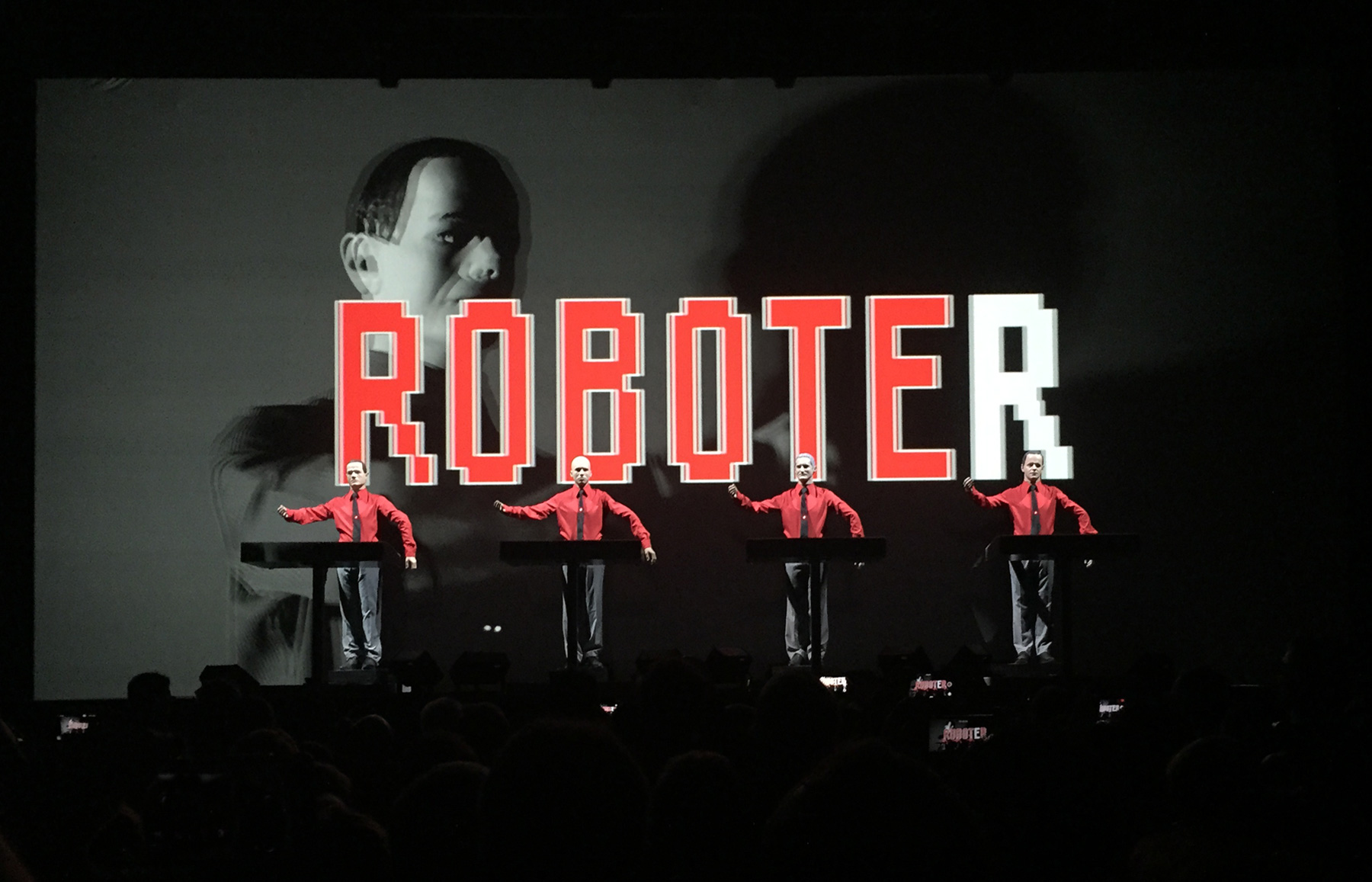Kraftwerk performing Die Roboter during the 3D tour in Leipzig 8.12.2015